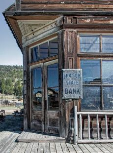 Old Moulson State Bank